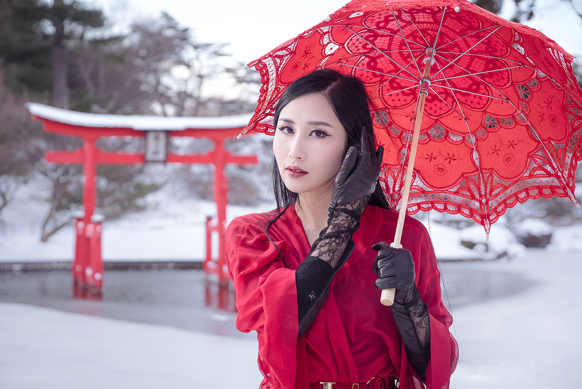 of leather and lace red robe geisha in japanese hill and pond garden brooklyn botanic