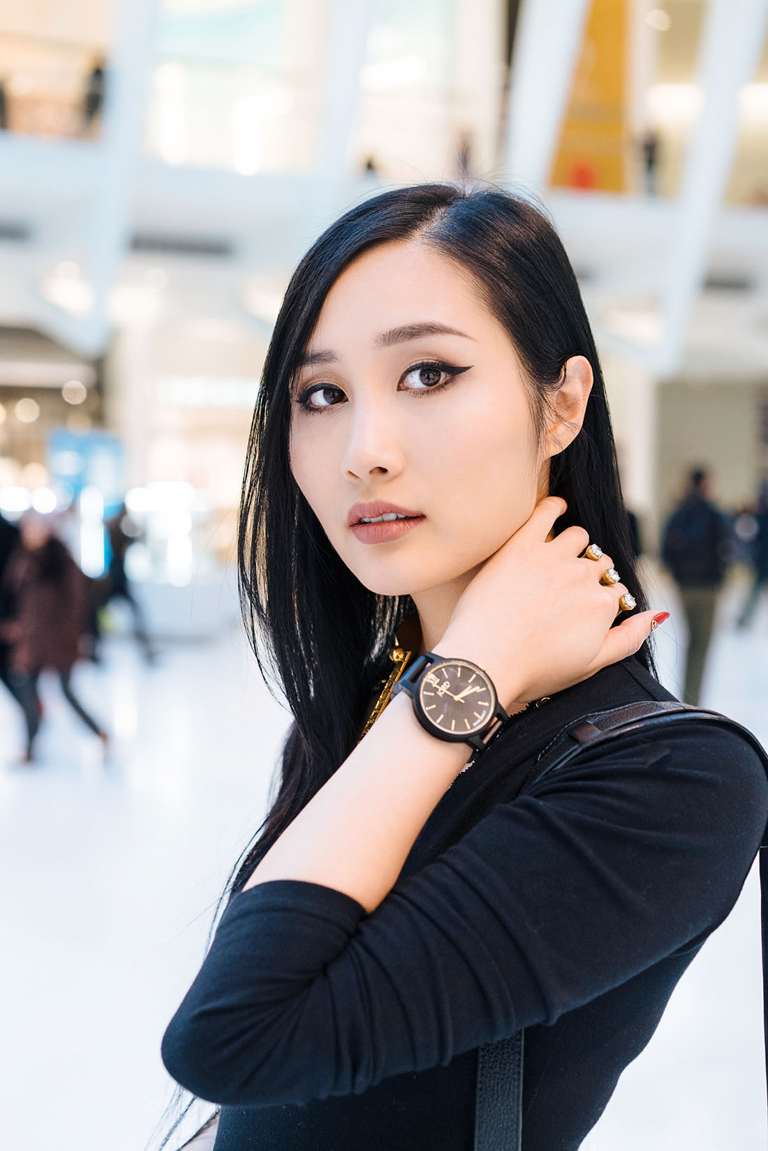 Of Leather and Lace Blog JORD Wood watches Frankie Ebony Gold